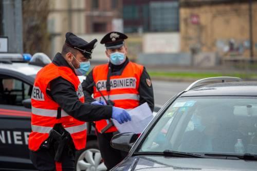 """La folle autocertificazione a Roma: """"Vado a comprare hashish"""""""