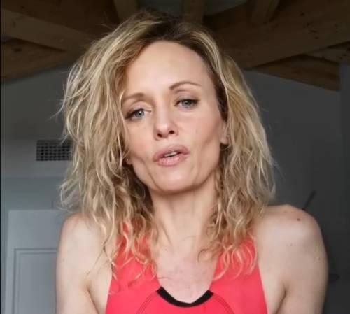"""Justine Mattera confessa: """"Quest'anno volevo spaccare, ma lo farò a 50 anni"""""""