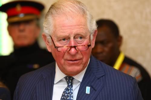 """La rabbia del principe Carlo: """"Diede di matto quando Camilla sposò un altro"""""""
