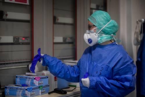 Coronavirus, i guariti sono più dei nuovi casi. 464 i morti in un giorno