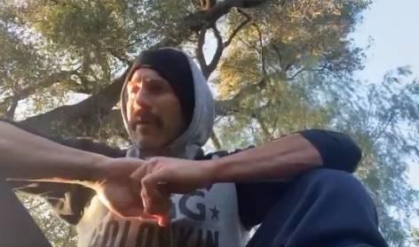 Jon Bernthal piange la morte del cugino per coronavirus