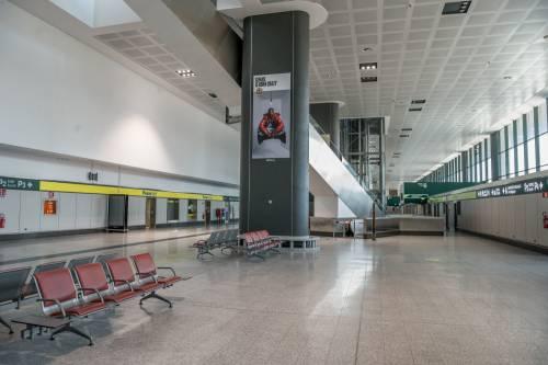 Virus, le compagnie aeree non rimborsano i voli: non ci sono (abbastanza) soldi