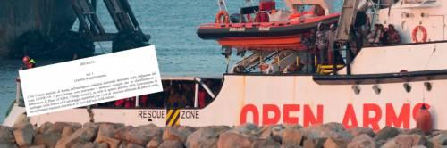 """Il governo ha chiuso i porti: """"L'Italia non è un luogo sicuro"""""""