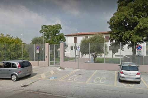 Vicenza, lite sfocia nel sangue: 42enne accoltella moglie al