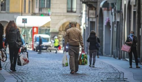 Sondaggio, ora italiani temono rivolte e non si fidano dei politici