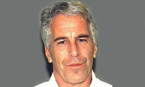 """""""Come tutto iniziò. Io, prima vittima di Epstein a 13"""