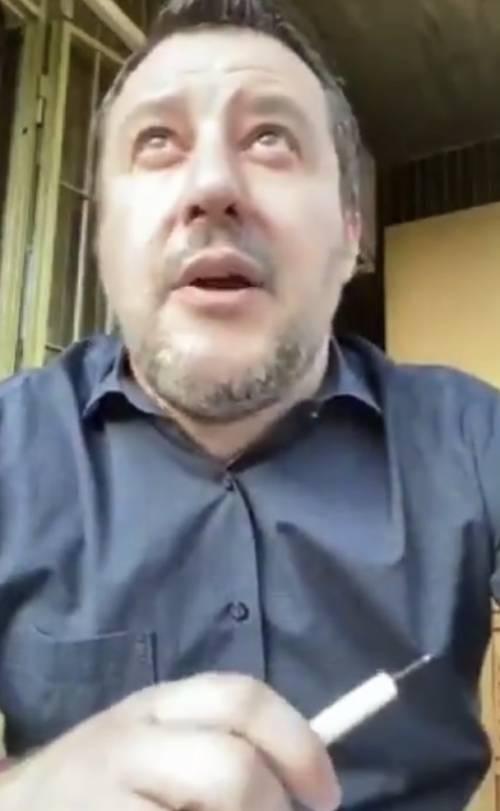 Salvini interrotto in diretta dall