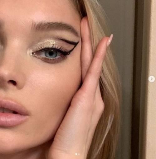 Elsa Hosk: la modella di Victoria's Secret si mostra in lingerie