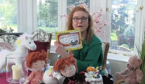 Coronavirus, ora Sarah Ferguson legge le fiabe per bambini