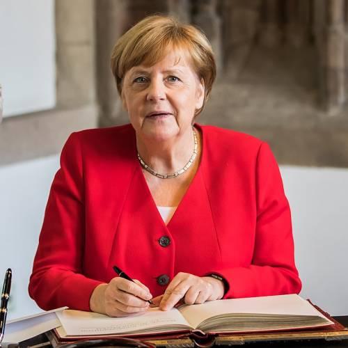 Europa sempre più tedesca. Ecco il disegno della Merkel