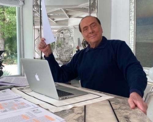 """Berlusconi, ok al Mes: """"Ma la Ue sia solidale"""". E si smarca da Salvini"""