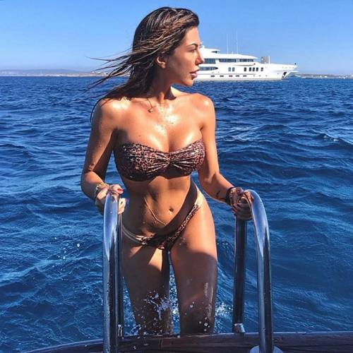 Laura Bragato esplosiva su Instagram