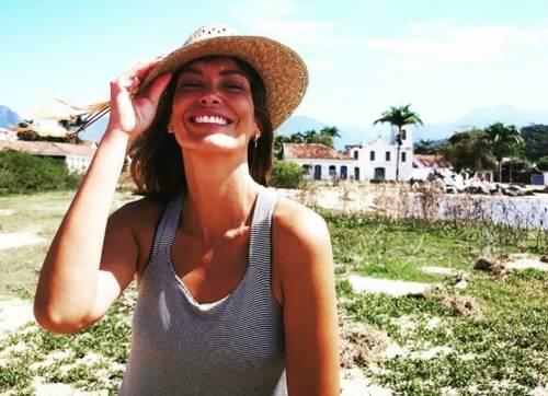 """Il bacio saffico di Fernanda Lessa al Gf: """"Ho avuto voglia e ho baciato Clizia"""""""