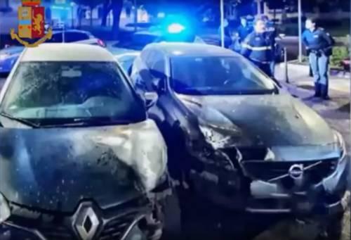Bengalese irregolare colto in flagrante mentre dà fuoco alle auto