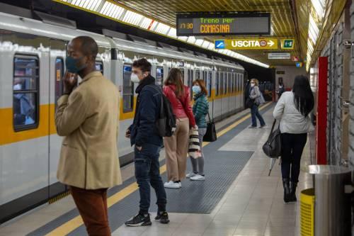 Coronavirus in Lombardia, tornano a crescere i contagi. Milano preoccupa
