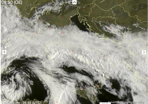 """C'è """"Vera"""", ciclone mediterraneo: temporali e vento forte al Centro-Sud"""