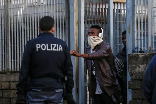 La Sicilia in balia degli sbarchi. Il governo vuole accogliere tutti