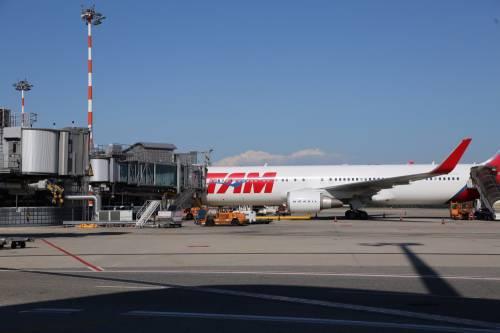 """Assaeroporti: """"Traffico aereo crollato, servono misure immediate per la ripartenza"""""""