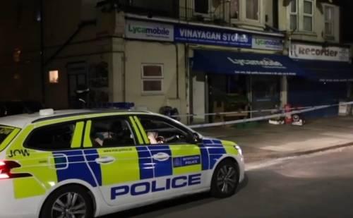 Londra, neonata e bambino di 3 anni accoltellati a morte in casa