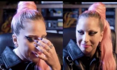 """Lady Gaga piange per l'Italia in un video per Tiziano Ferro: """"Siete nelle mie preghiere"""""""