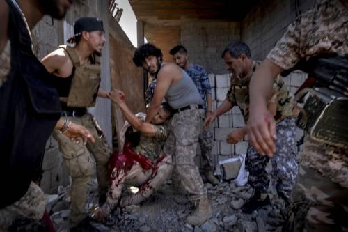 Quell'abisso di orrore in Libia: bambini arruolati per uccidere