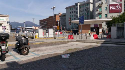 Napoli, il parcheggio dove è stata violentata l'infermiera  5