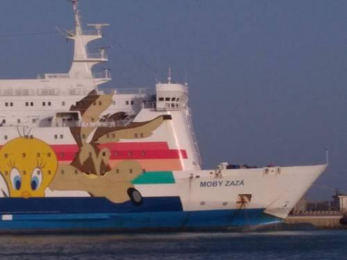 La nave Moby Zaza a Porto Empedocle 4