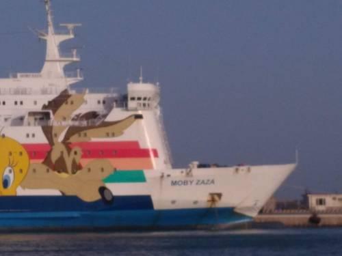 La nave Moby Zaza a Porto Empedocle 5