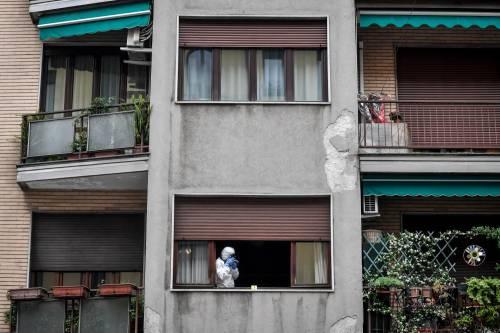 Milano, cocci di vetro contro la finestra della casa di Silvia Romano 3