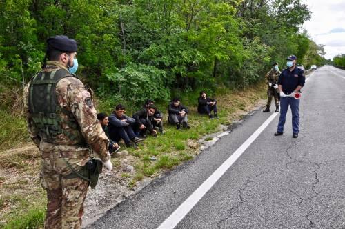 Militari impegnati al confine tra Italia e Slovenia 5