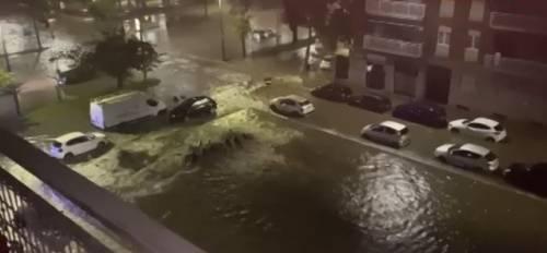 """La """"tempesta"""" su Milano: notte da incubo per il maltempo"""