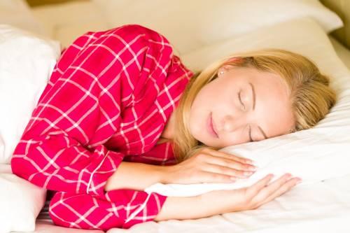 Coronavirus, cinque strategie per superare i disturbi del sonno