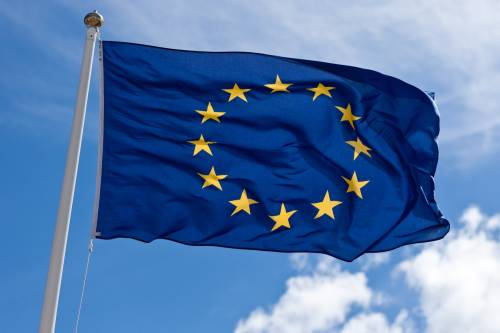 Bruciare la bandiera europea? In Germania adesso sarà reato