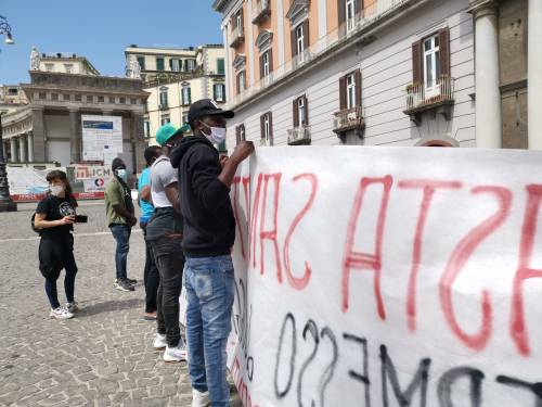 Il Pd apre alla maxi sanatoria: via il tetto ai flussi di migranti