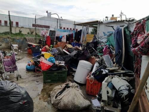 Il blitz contro il traffico illecito di rifiuti nei campi rom 3