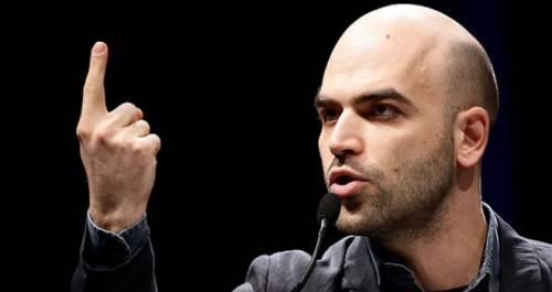 """Saviano non torna indietro: """"Commercialisti? Chi tace è complice"""""""