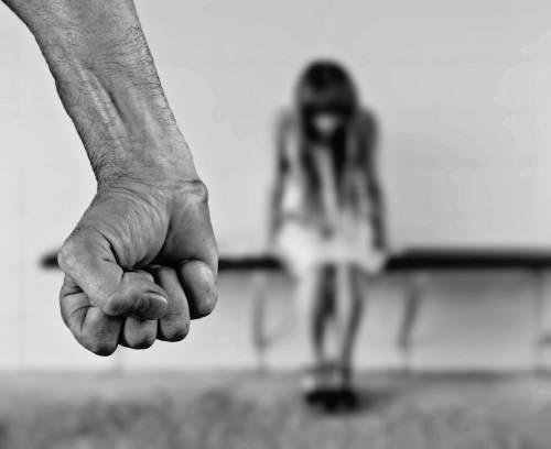 """""""Sono il Diavolo"""", 23enne  stuprava i suoi adepti"""