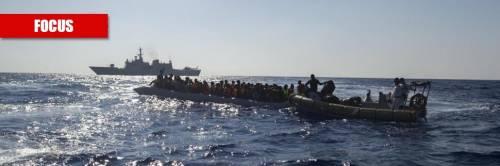 """Il flop di Di Maio, gli scafisti e le Ong: la """"bomba"""" migranti in arrivo dalla Libia"""