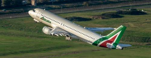 Alitalia aumenta i voli da Milano per la Sardegna e la Sicilia