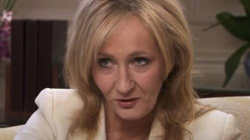 """Quel segreto inconfessabile di J.K. Rowling: """"Sono stata vittima di abusi"""""""