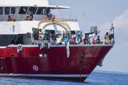 """Fmi: """"Migranti non sono un peso ma migliorano economie Paesi ospiti"""""""