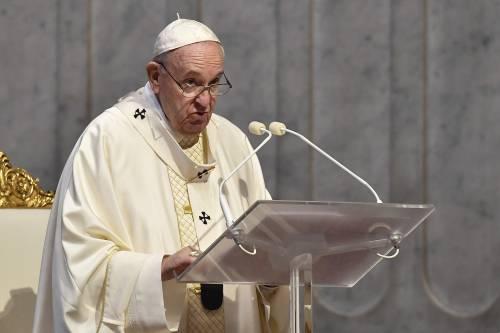 """La svolta a sinistra di Bergoglio: """"La proprietà non è intoccabile"""""""