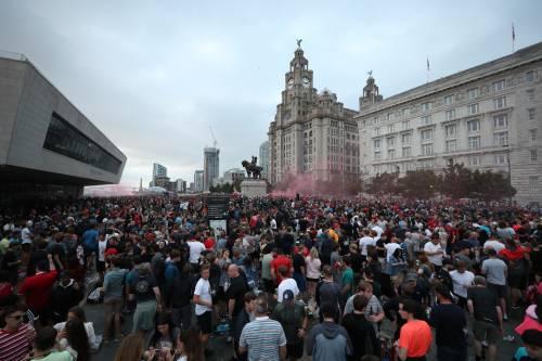 Liverpool re d'Inghilterra. È il riscatto della storia sui nuovi ricchi del calcio