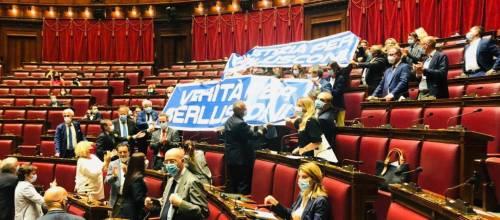 """Golpe giudiziario contro Berlusconi, FI: """"Subito commissione d'inchiesta"""""""