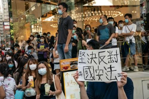 """""""Eliminata ogni speranza di futuro. Il rischio è una nuova Tienanmen"""""""