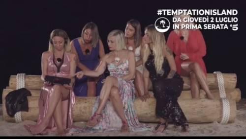 Filmati choc, insulti e lanci di sedie: Temptation Island inizia col botto