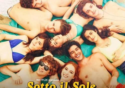 """""""Sotto il sole di Riccione"""", un """"Sapore di Mare"""" ai tempi di Netflix"""
