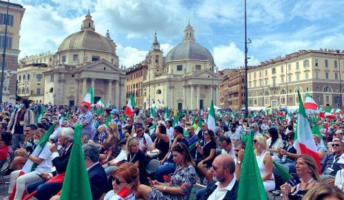 Manifestazione del centrodestra contro Conte 7