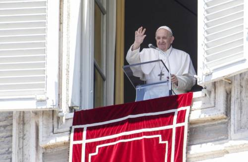 Il mistero sulla frase del Papa cancellata all'ultimo momento