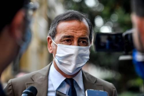L'ultima sigaretta nella Milano dei divieti
